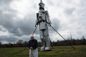 Jim Bird's Towering Creations A Treat For Motorists Between Eutaw And Demopolis