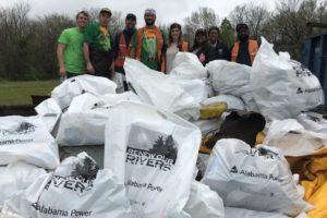 Valley Creek Renew Our Rivers Volunteers Get It Done Amid Rain Showers