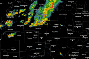 Strong Storms Approaching Extreme Northwest Alabama