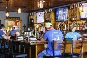 Family Friendly Pub And Coffee Shop Pays Tribute To Weiss Lake And Dam
