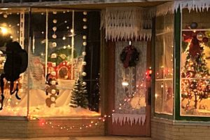 Gaston APSO Brightens Childersburg Shop Window With Holiday Cheer