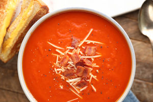 Recipe: Easy Tomato Soup with Bacon