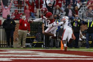 Alabama NewsCenter: Football Preview: Motivated Alabama Heads for LSU as Auburn Welcomes One-Loss Aggies