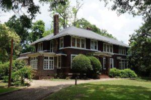 Alabama NewsCenter: Alabama Treasures Gift Guide Offers Last-Minute Inspiration
