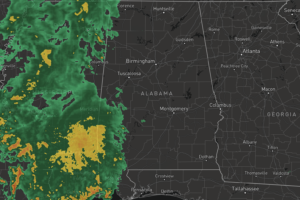 Midday Nowcast: Clouds and Rain Moving into Alabama